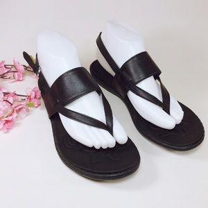 BOC Black Thong Sandals w/ Buckle Sz 9